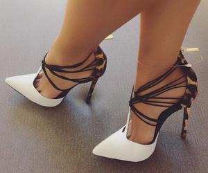 beautiful, moda, and shoes image