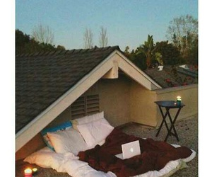 bed, perfect, and roof image