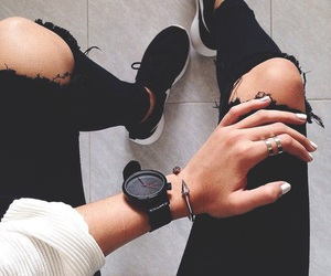 autumn, boyfriend jeans, and cosmetics image