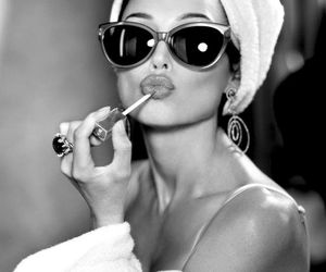 lips, sunglasses, and lipstick image