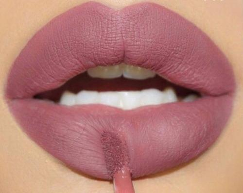 beauty, lips, and rouge image