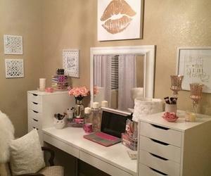makeup, girly, and vanity image