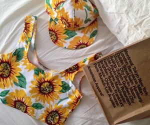fashion, american apparel, and sunflower image