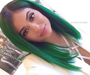 kylie jenner, green, and jenner image