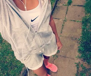 nike, body, and sport image