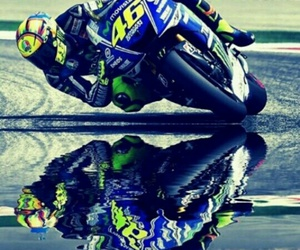 moto gp, rossi, and Valentino image