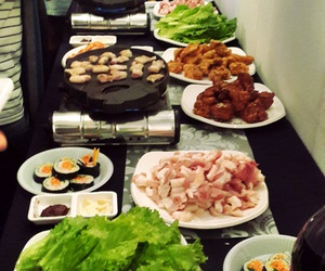 restaurant, yum yum, and korean food image