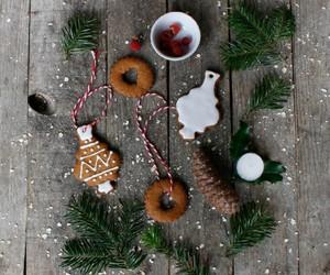 christmas, Cookies, and raspberry image