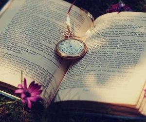 книга, часы, and атмосфера image