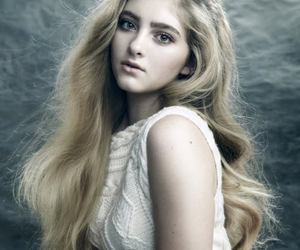 willow shields, hunger games, and prim image