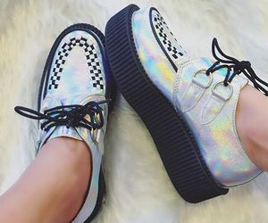 creepers, holographic, and tuk image