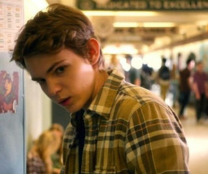 beautiful, gorgeous, and robbie kay image
