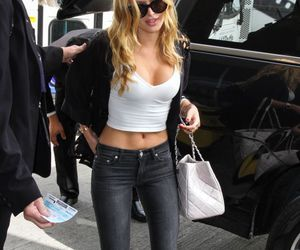 bella thorne and actress image