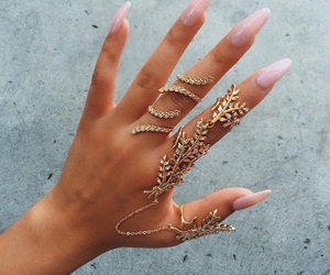 jewelry, pink, and fash image