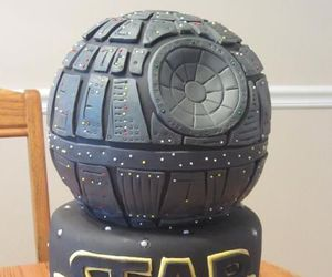 cake and star wars image