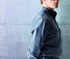 finnick odair, sam claflin, and hunger games image