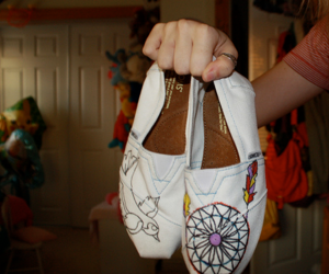 shoes, toms, and dreamcatcher image