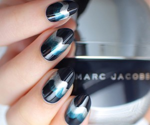 nails and marc jacobs image