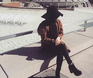 chapeau, stylé, and hijab image