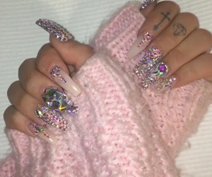 nails, gif, and shirin david image