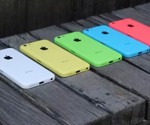 iphone, apple, and green image