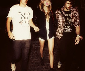 cara delevingne, Harry Styles, and cararry image