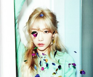 dr, girls generation, and taeyeon image