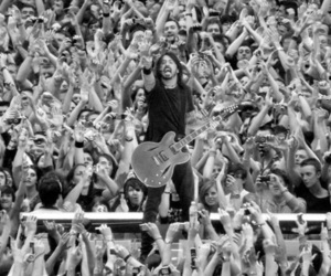 dave grohl, foo fighters, and rock image