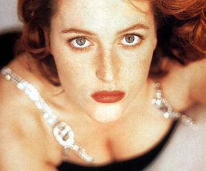 actress and gillian anderson image