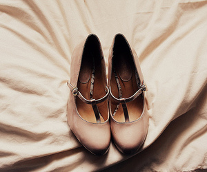 lovely, pastel, and shoes image