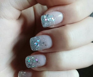 christmas, glitter, and nails image