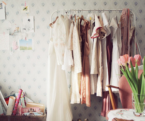 clothes, room, and flowers image