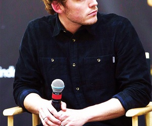 sam claflin, catching fire, and hunger games image