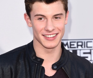 shawn mendes and shawn image
