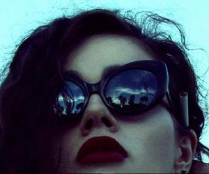 grunge, girl, and glasses image