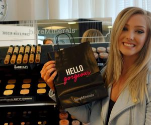 blonde, shopping, and mac image