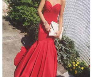 evening dresses, prom dresses, and red prom dresses image