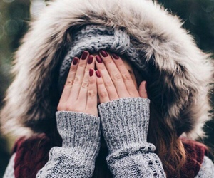 winter, fashion, and nails image