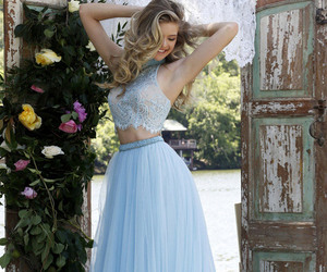 sherri hill 32347, two piece, and prom dress 2016 image