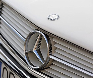 theme, car, and mercedes image