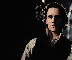 tom hiddleston, crimson peak, and thomas sharpe image