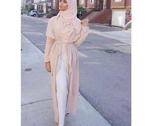 fashion and hijâbi image