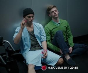 alex, Leo, and club der roten bänder image