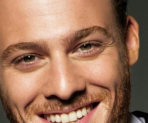 green eyes, handsome man, and kerembursin image