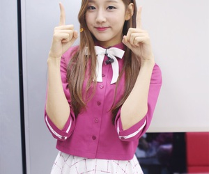 woollim and lovelyz yein image