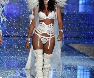 Victoria's Secret, model, and lais ribeiro image