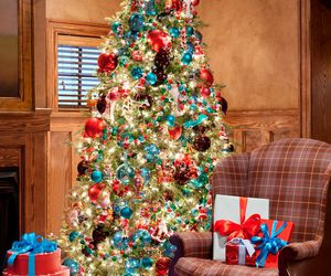 christmas tree, holiday, and winter image