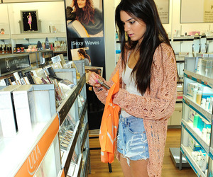 girl, kendall jenner, and converse image