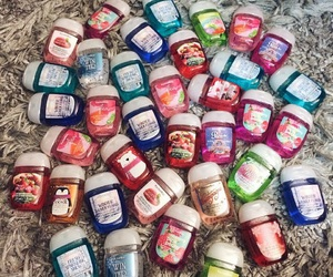 christmas gifts, bath & body works, and hand sanitizer image