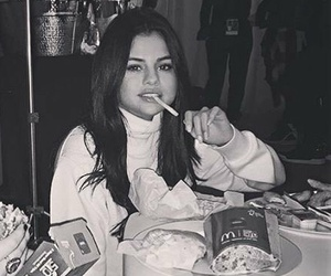 selena gomez and icon image